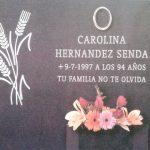 espigas y letras grabadas jardinera granito